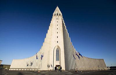 不但是全冰岛最大的教堂